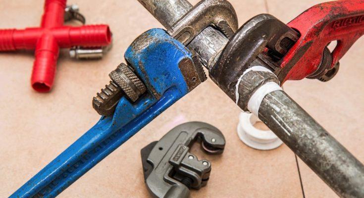 водопроводни инструменти
